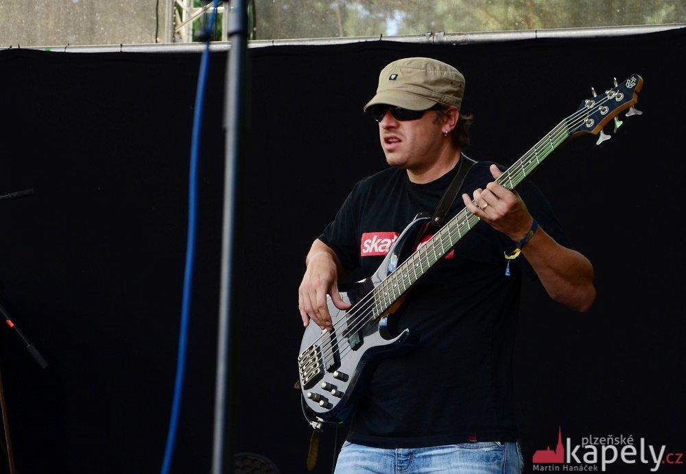 Rock For Churchill - Vroutek - 2014 (Gang Ala Basta) - Jan Somy Somolík_01